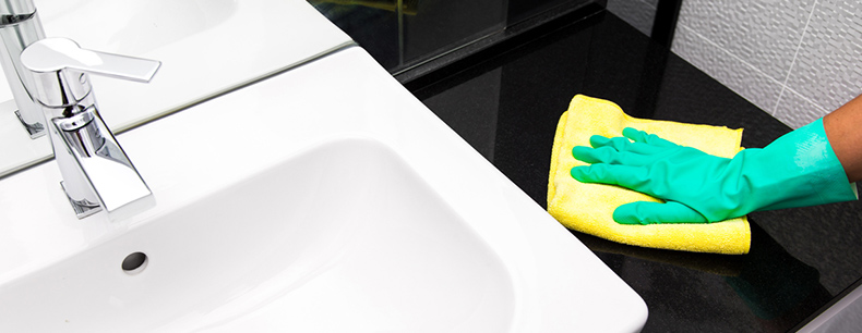 bathroom-cleaning-surfaces